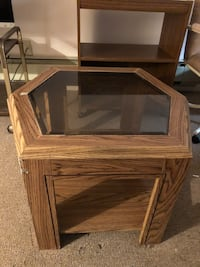 Glass top Coffee table. Good condition Hayward, 94545