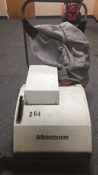 Minuteman Heavy Duty Commercial Indoor/Outdoor Sweeper! Joliet, 60432