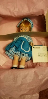 Vintage Madem Alexander 1997 Maggie Mix-up doll Fairfax, 22030