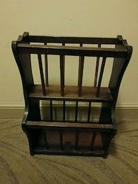 Vintage Basketville Book / Magazine Rack