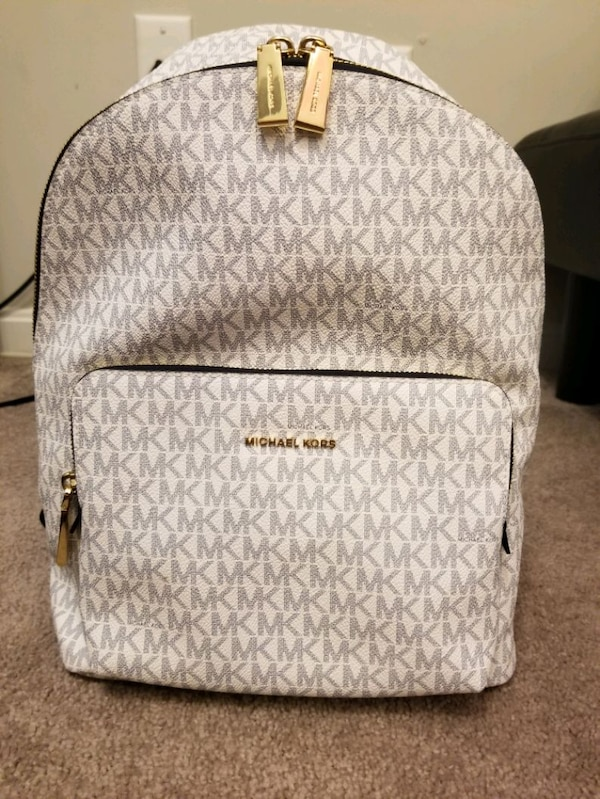 b85ee5265ee Used MK backpack purse for sale in Union - letgo