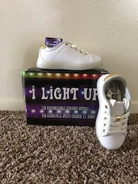 Light Up Shoes Fort Worth, 76116