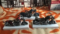 three black cruiser motorcycle scale models Daly City, 94015