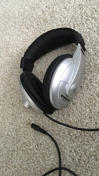 Grey and black Samson HP headphones Painesville, 44077