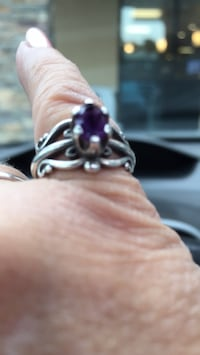 Sterling Silver w/amethyst    ring Annapolis, 21401