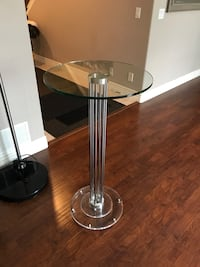 stainless steel base with white leather padded bar seat Coquitlam, V3E 3R3
