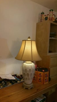 brown and white table lamp 49 km