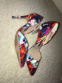 pair of multicolored floral peep-toe pumps Great Falls, 22066