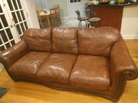 brown leather 3-seat sofa New Orleans, 70112