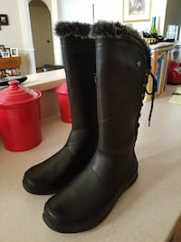 The North face Janey II Luxe Boots size 10   Clovis, 88101