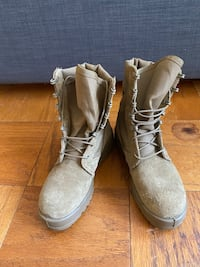 Army regulated coyote-colored boots (size 5) Washington, 20037
