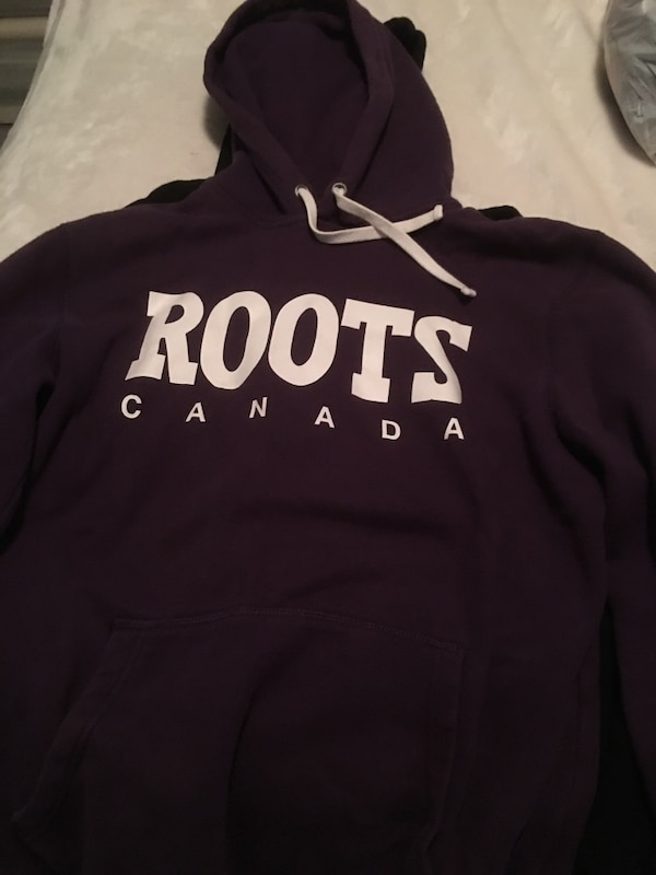 black and white Hollister pullover hoodie