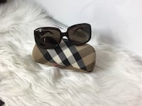 100% Authentic Burberry  Sunglasses with Case and towel cleaner Brookfield, 53045