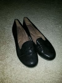 pair of black leather flats Ashburn, 20148
