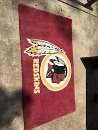 Red and white Redskins rug Vienna, 22180