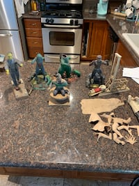 1963-66 aurora horror movie models some are missing a piece selling all 1 price Yorba Linda, 92886