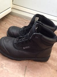 pair of black Airflow leather boots 2658 km