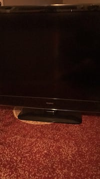 46 inches Isymphony flat tv almost like new. Alexandria, 22312