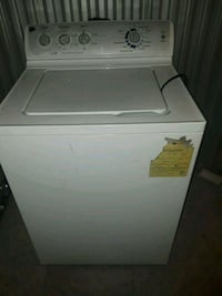 white top-load clothes washer 86 mi