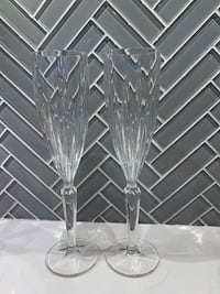 2 Champagne Flutes Morristown, 07960