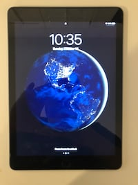 32 GB IPad Space Gray  Mission Viejo