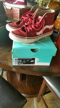 pair of red Vans high-top sneakers with box Apple Valley, 92308