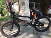 Mongoose mode 540 bmx bike, rides good chains a little rusty. $100 OBO Wilmington, 28409