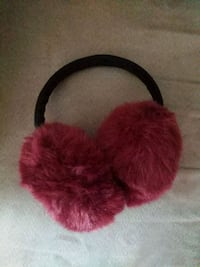 Fluffy winter ear muffs new never used Montréal, H2S 1T9