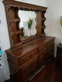 Wood Dresser with detached mirror Brampton, L7A 3E1