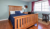 Wooden bed frame Arlington, 22204