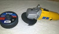 Angle grinder and additional cut off discs Calgary, T3C 3P5