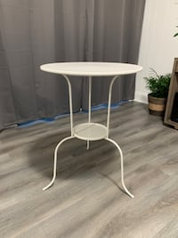 Ikea end table  Silver Spring, 20906