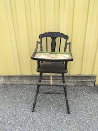 Vintage wood highchair Sykesville, 21784