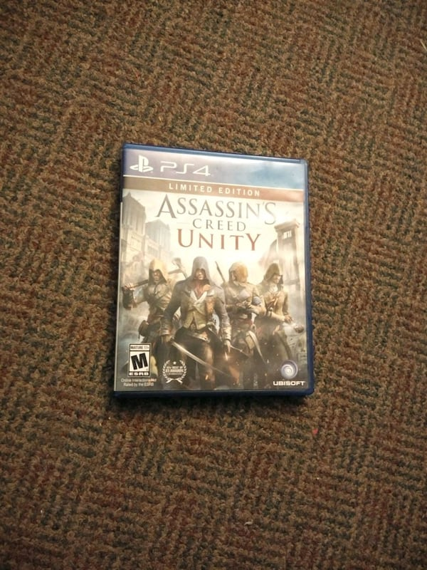 Assassin's Creed unity limited edition PS4 game 142f2c19-2573-4d13-a641-32d902aec802