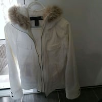 Size Medium jacket excellent condition  Oakville