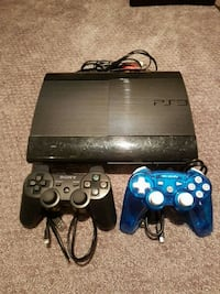 PS3 + 2 Controllers Burlington, L7N 2M3