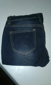 $5 women's jeans nothing wrong with them no rips