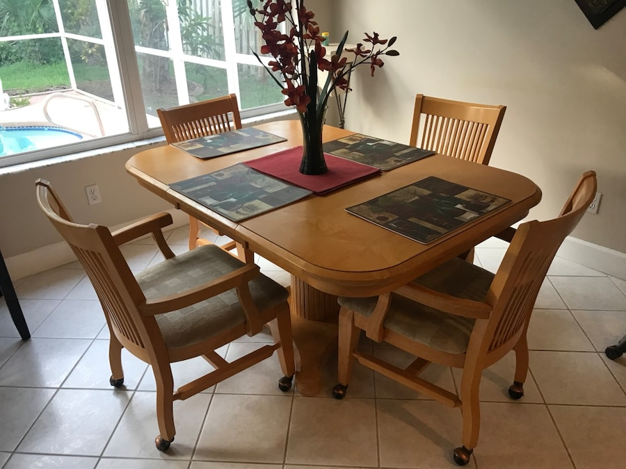 k ytetty rectangular brown wooden table with four chairs dining set rh tr letgo com
