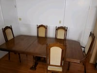 Dining table and chairs Surrey, V3W 3M9