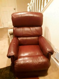 brown leather recliner sofa chair Arvada, 80005
