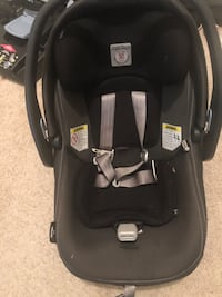 peg Perego carseat with base