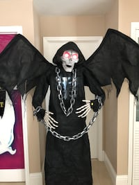 Halloween 6'4ft tall Winged Grim Reaper animated prop decor Hialeah Gardens, 33018