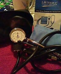 Home blood pressure kit with stethoscope Mayfield Heights, 44124