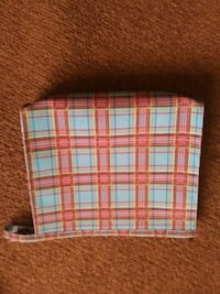 Make Up Bag 2.00  Kearneysville, 25430