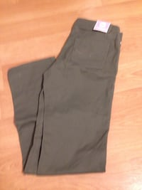 Green denim pants nwt