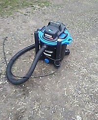 black and blue wet/dry vacuum cleaner Moncton, E1C 1N9