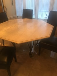 Marble table Laval, H7P 5N1