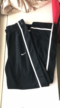 MENS Button Down PANTS Dri-Fit NIKE  New Westminster, V3M