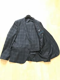 Checkered grey Le 31 suit Dorval, H9S 5N7