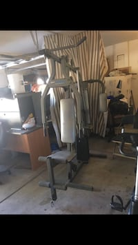 black and gray butterfly and lat pull-down combination machine